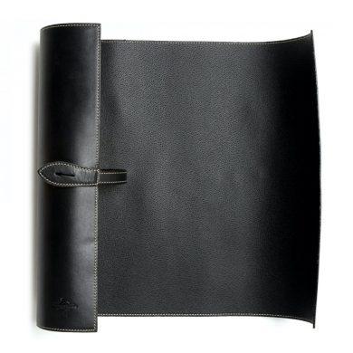 коврик для чистки обуви из кожи черный, скрученный